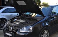 Как заменить салонный фильтр в Volkswagen Golf 2002?