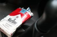 Удаляем запах дыма сигарет из авто