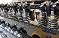 Что проверить, если стучит двигатель?