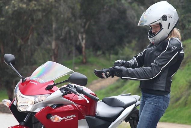 Как ездить на мотоцикле фото 19-355