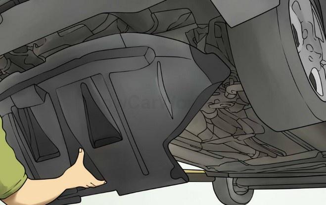 Снимаем защиту двигателя для замены ремня ГУР
