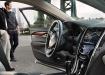 Cadillac ATS - интерьер салона водительского места