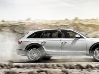 Audi A4 Allroad Quattro в движении, оф. фото