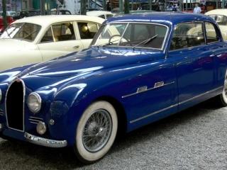 Bugatti Type 101 на выставке