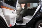 Kia Opirus - салон для задних пассажиров
