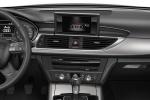 Audi A6 Avant - панель приборов в салоне, руль