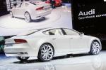 Audi A7 на выставке в автосалоне