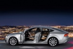 """Audi A7 """"насквозь"""" - с открытыми дверьми"""