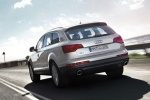 Audi Q7 - официальное фото, вид сзади