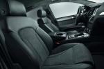 Audi Q7 - вид чёрного салона