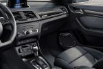 Audi RS Q3 - интерьер салона