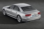 Audi S8 - серебристый