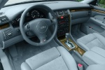 Audi S8 - интерьер салона модели 2003 года