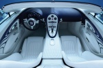 Bugatti Veyron Grand Sport - панель приборов, салон в белом цвете