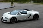 Bugatti Veyron в белом цвете