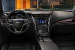 Cadillac CTS - панель приборов и передняя часть салона