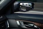 Cadillac CTS - вид в зеркало заднего вида