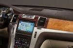 Cadillac Escalade - интерьер салона