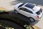 Cadillac SRX - вид сверху, белый