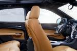Cadillac SRX - салон - передние и задние кресла