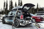Mini Countryman, лыжи и снег